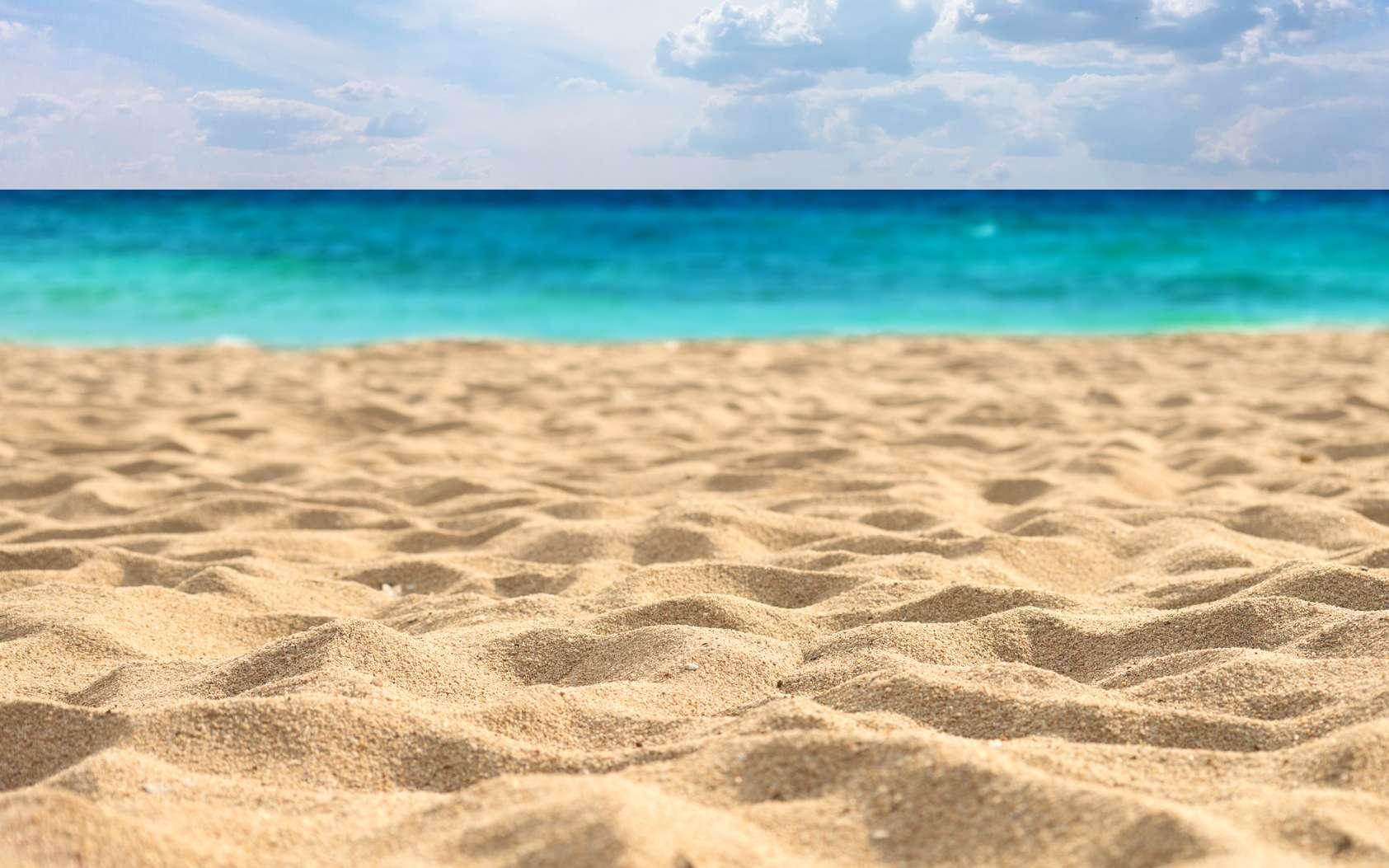 16ab689d14_111716_sable-plage